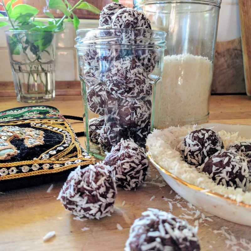 Schokoladen-Energiekugeln