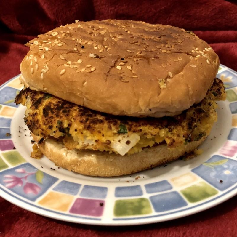Veganer Kichererbsen-Burger