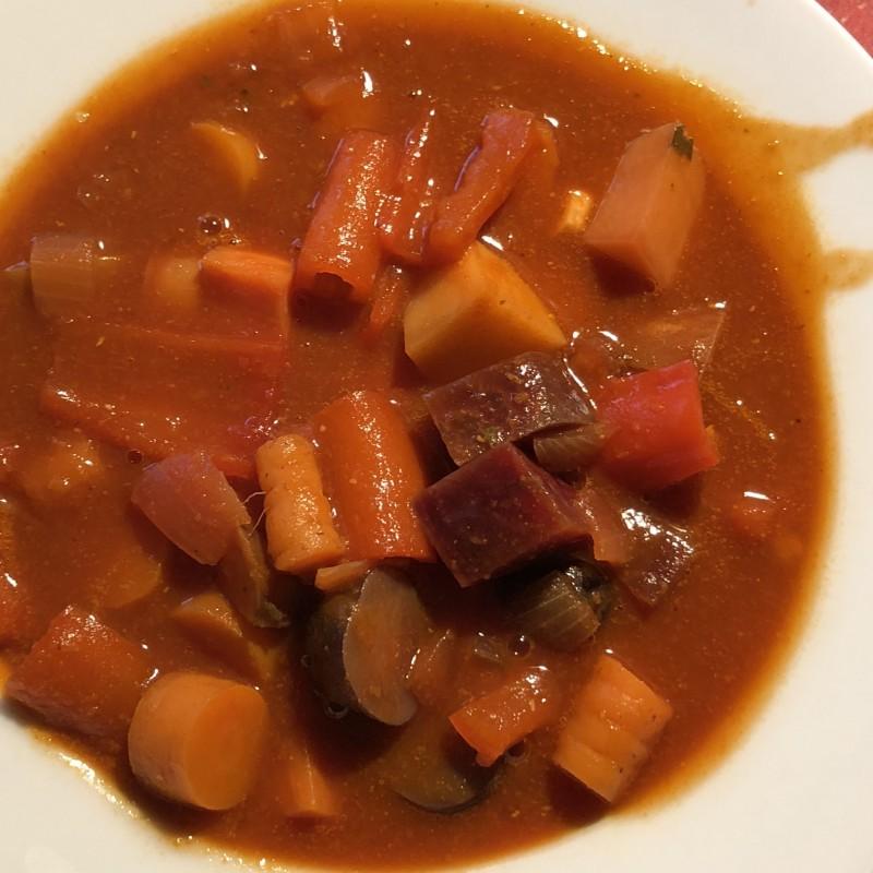Kartoffel-Rüben Gulasch