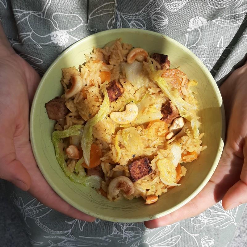 Chinakohl Möhren Curry mit Erdnuss