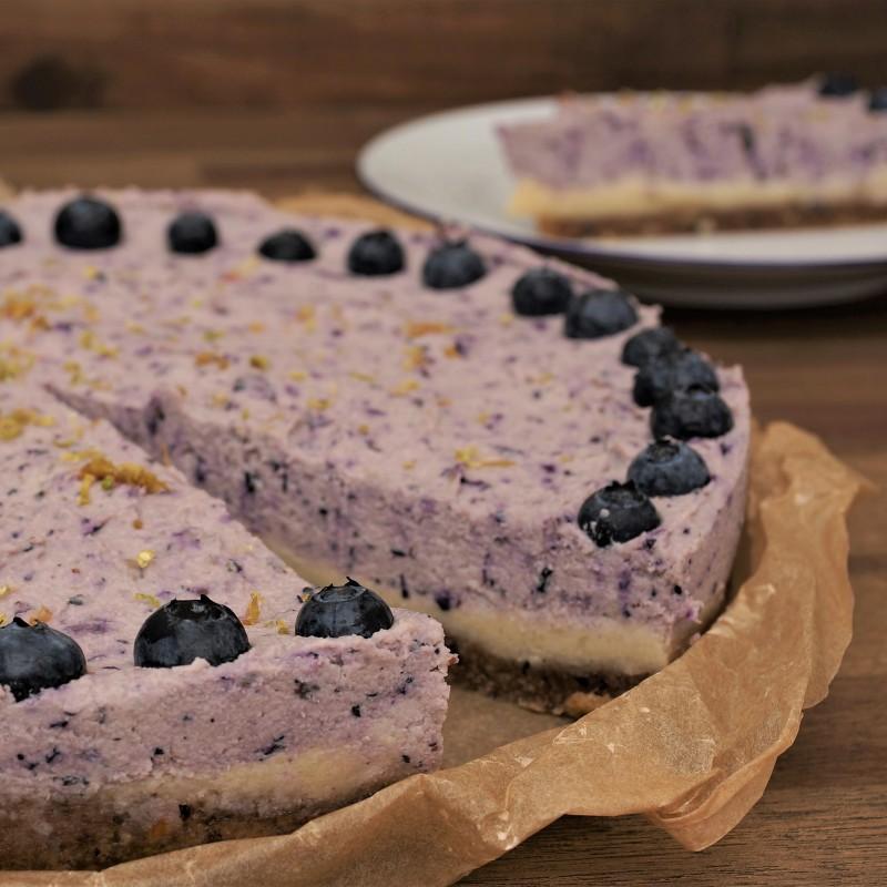 Roher Blaubeer Limetten Cheesecake