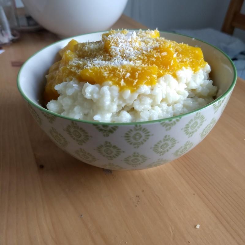 Kokosmilchreis mit Mango