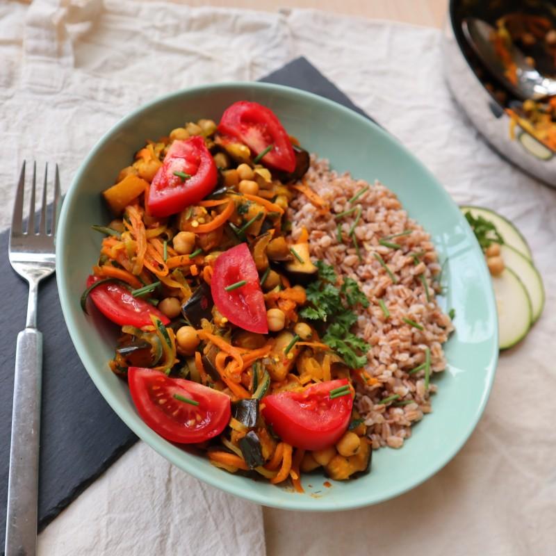 Gemüse Curry mit Dinkelreis