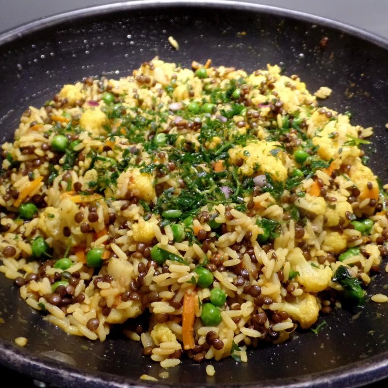 Curry Linsen Reis
