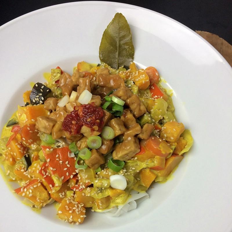 Kaffirlimetten Curry&Erdnuss Tempeh