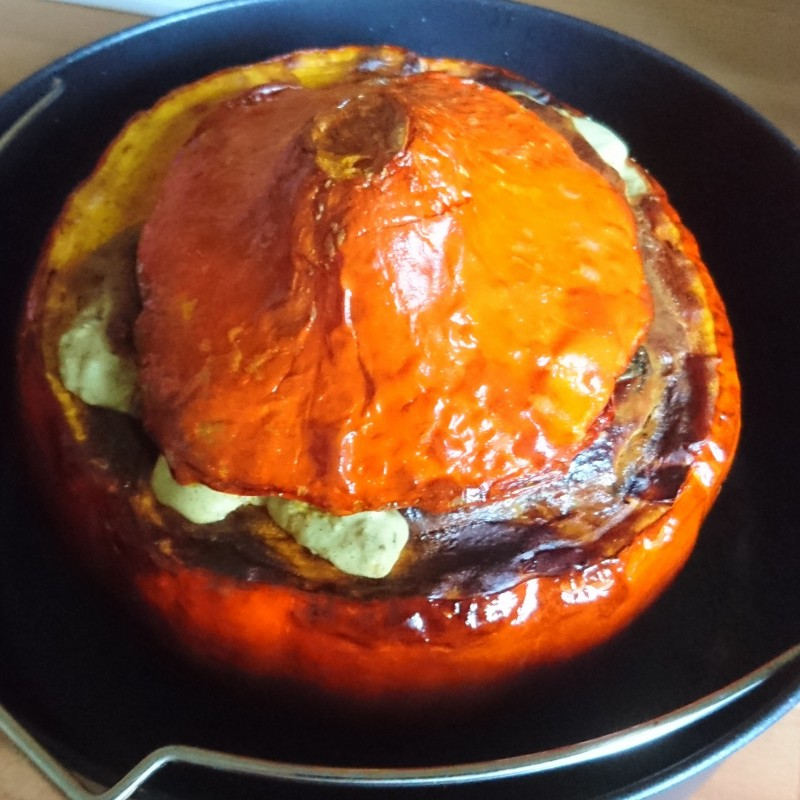 Curry-Pilzragout im Hokkaidokürbis