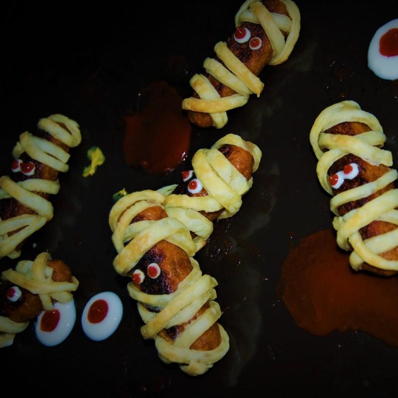 Spooky-Sausage / Wurst-Mumien